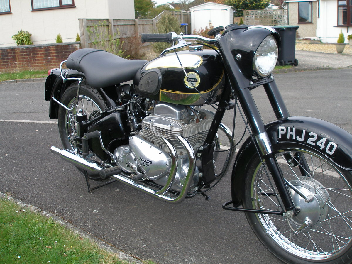 1957 Ariel Square Four Mark 2 Motorbike For Sale (picture 1 of 1)