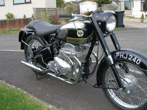 1957 Ariel Square Four Mark 2 Motorbike For Sale