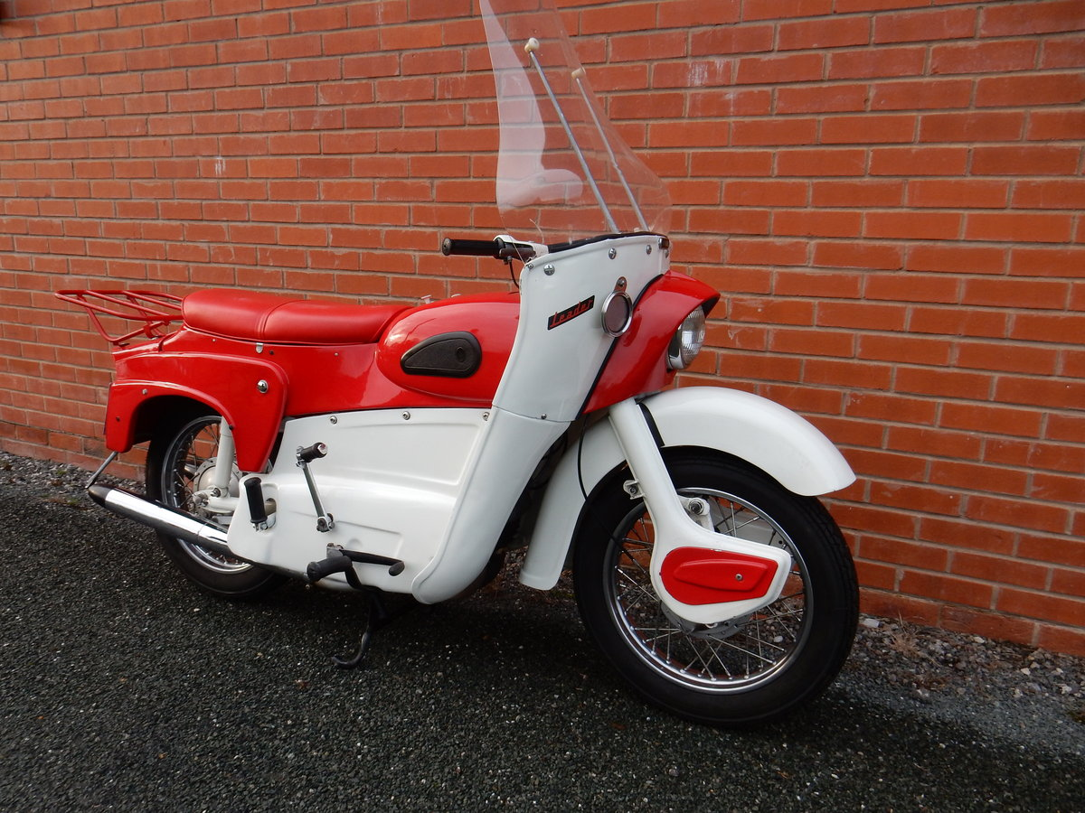 Ariel Leader 250cc 1962 Matching Frame & Engine numbers For Sale (picture 1 of 2)
