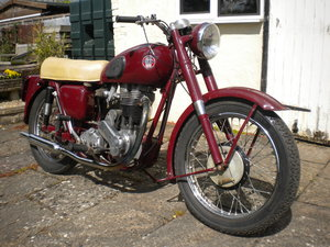 1955 Albert the Ariel VH500 Red Hunter seeks new home. For Sale