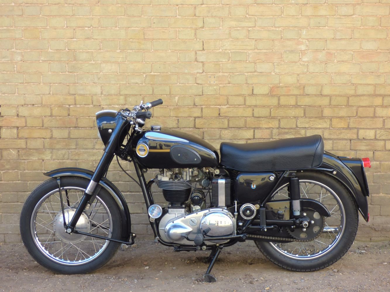 1955 Ariel NH 350cc For Sale (picture 2 of 6)
