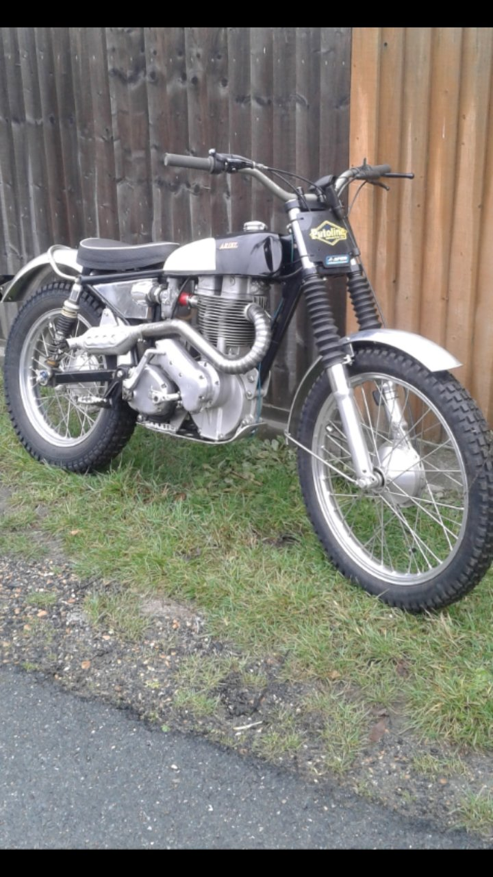 1955 Ariel HT5 Trials. For Sale (picture 1 of 6)