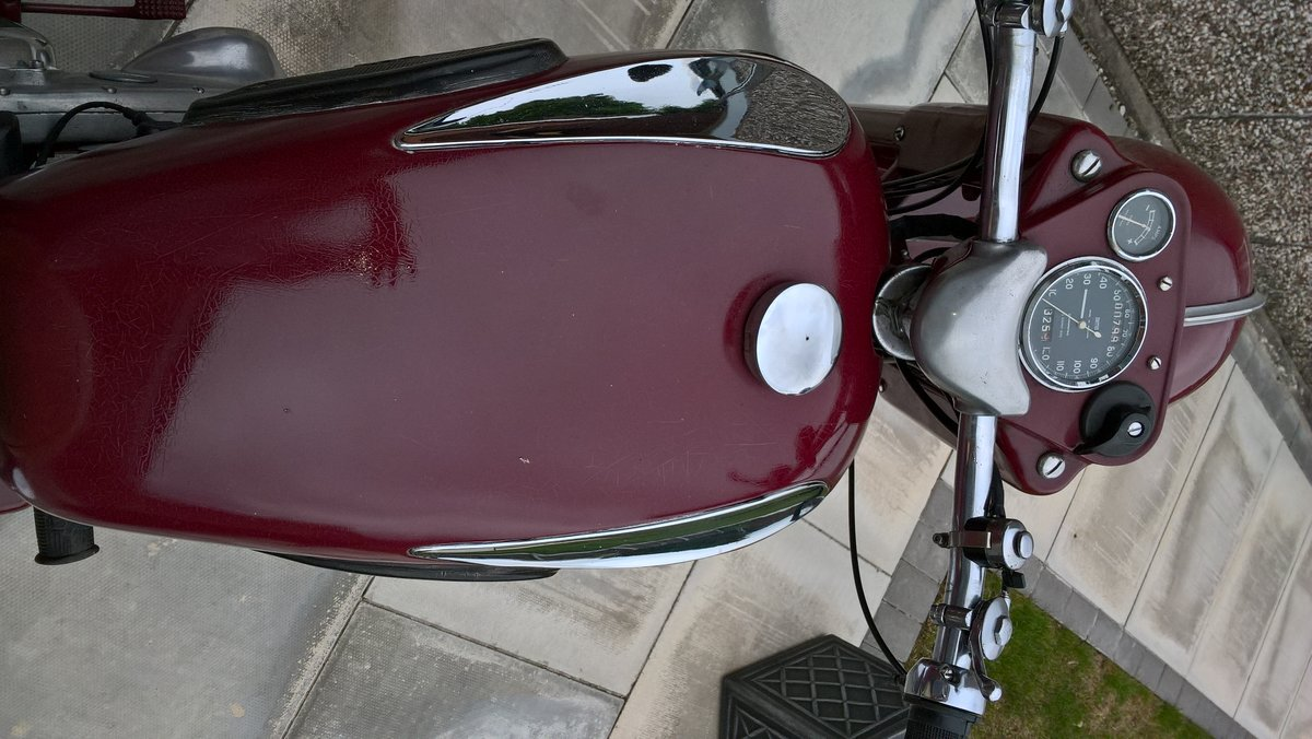 1956 Ariel 350 Red Hunter. For Sale (picture 3 of 6)