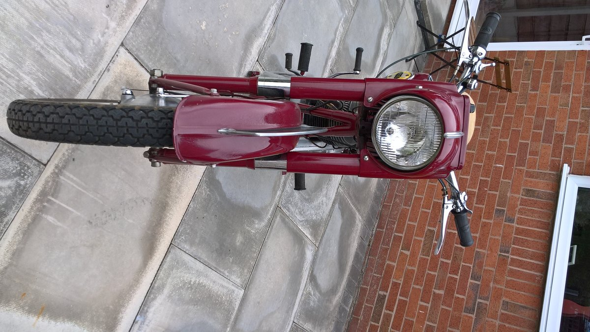 1956 Ariel 350 Red Hunter. For Sale (picture 5 of 6)