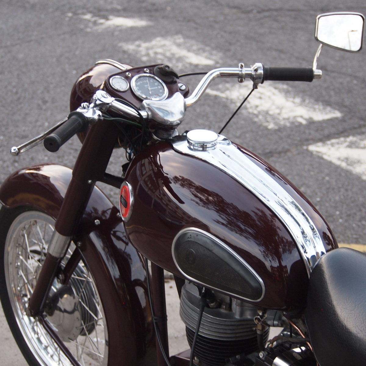 1957 Ariel NH350 Red Hunter, RESERVED FOR REMKO SOLD (picture 3 of 6)
