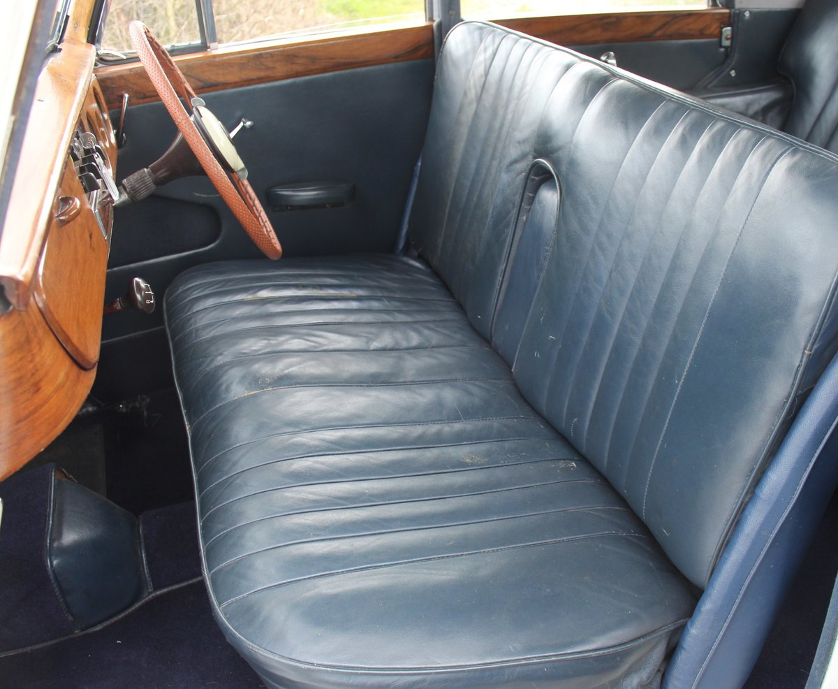 1953 Armstrong Siddley Whitley With Rare Manual Gear Box For Sale (picture 5 of 6)
