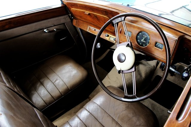 1946 Armstrong Siddeley 16hp Hurricane SOLD (picture 3 of 6)