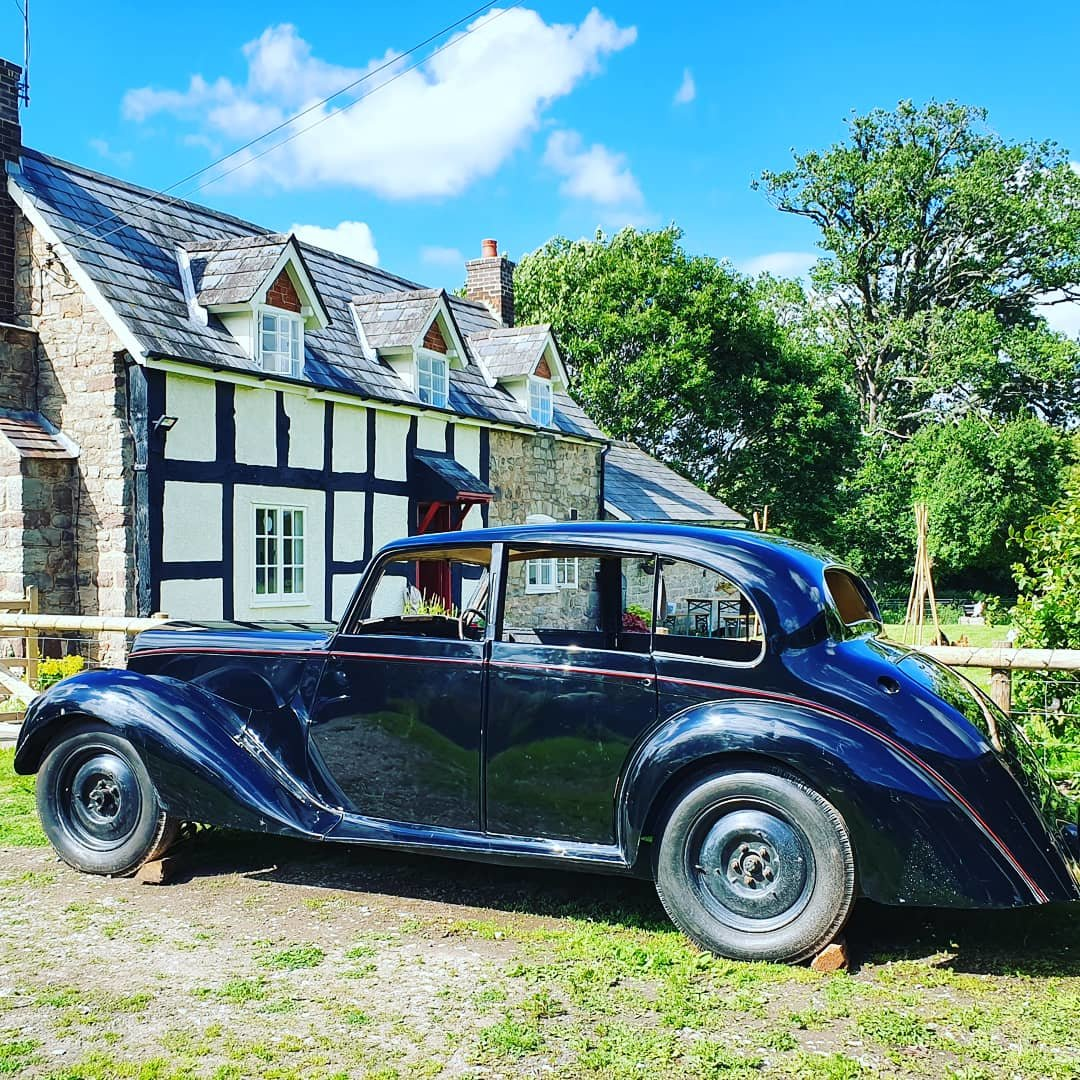 1946 Armstrong Siddeley Lancaster  For Sale (picture 1 of 6)