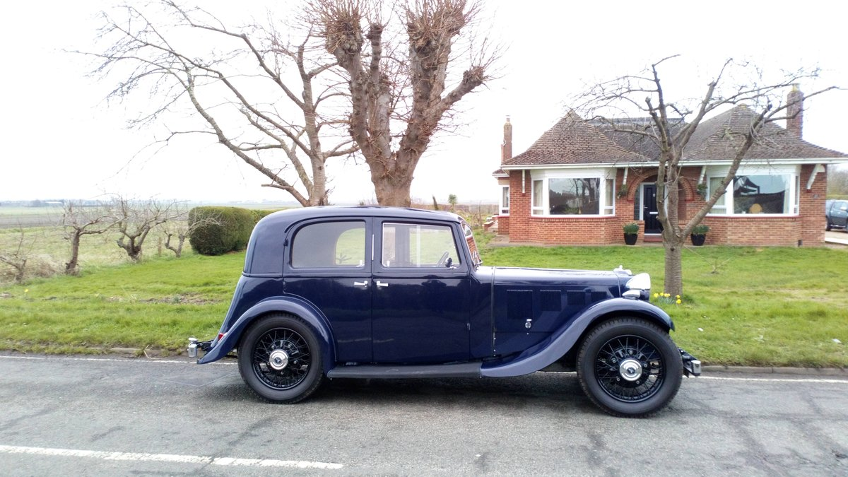 1936 Armstrong Siddeley 17hp short saloon SOLD (picture 1 of 6)