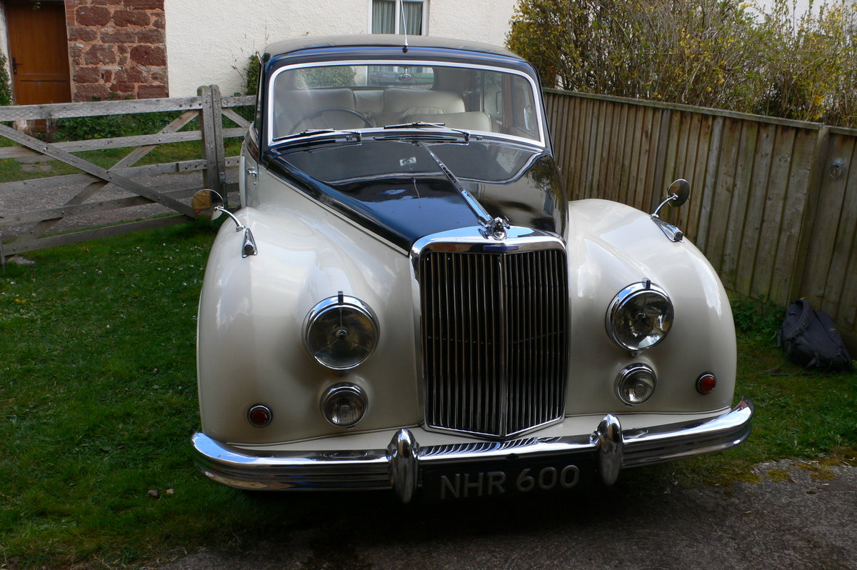 1955 Armstrong-Siddeley Sapphire 346 Automatic For Sale by Auction (picture 2 of 12)