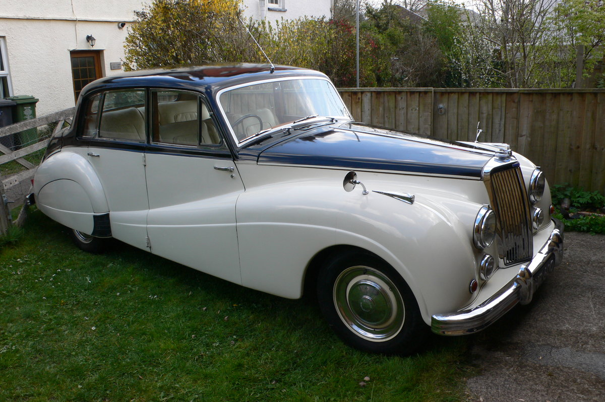 1955 Armstrong-Siddeley Sapphire 346 Automatic For Sale by Auction (picture 3 of 12)