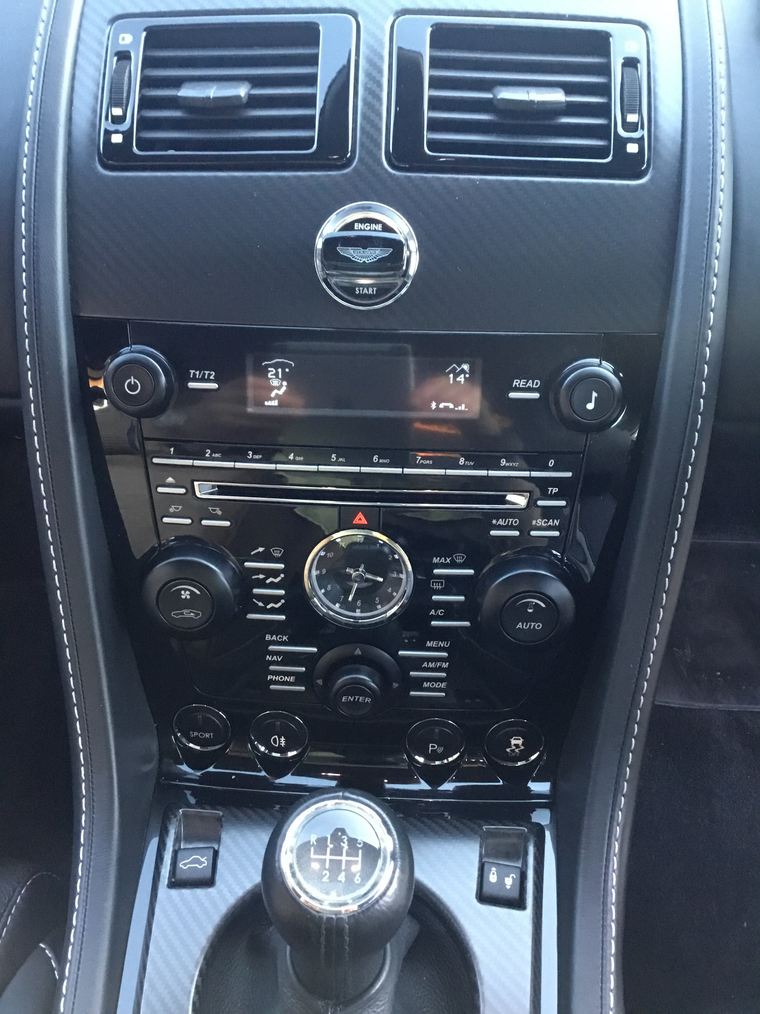 2014 Aston Martin V8 Vantage Manual N430 For Sale (picture 7 of 12)