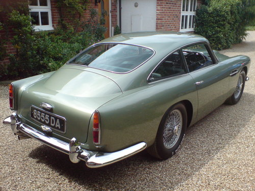 1960 Aston Martin DB4 Series 11 (Vantage Specification) For Sale (picture 2 of 6)