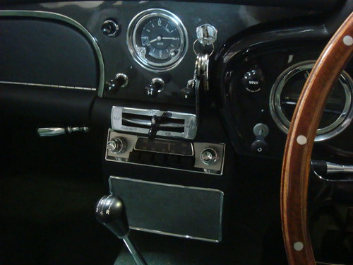 DB4 Aston Martin 11 1960 (Vantage Specification) For Sale (picture 6 of 6)