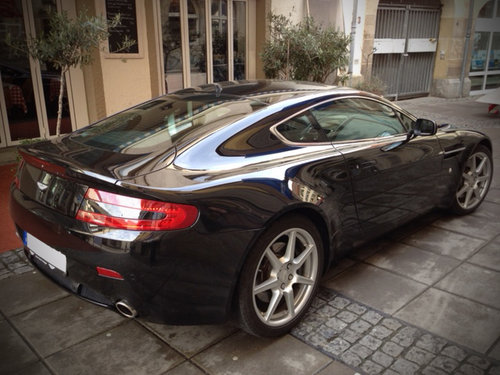 2006 – Aston Martin – V8 Vantage - Manual For Sale (picture 1 of 6)
