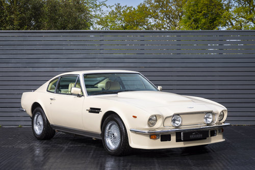 1984 Aston Martin V8 Vantage LHD ONLY 8600 MILES MANUAL (ZF) For Sale (picture 1 of 6)