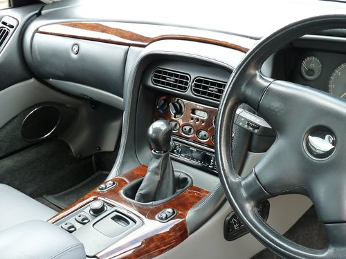 1995 Aston Martin DB7 i6, manual gearbox SOLD (picture 4 of 6)
