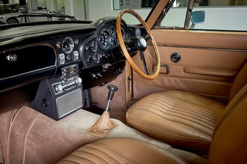 1970 Aston Martin DB6 MK2 Vantage Saloon For Sale (picture 4 of 6)