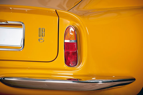 1969 Aston Martin DB6 Vantage Saloon For Sale (picture 5 of 6)