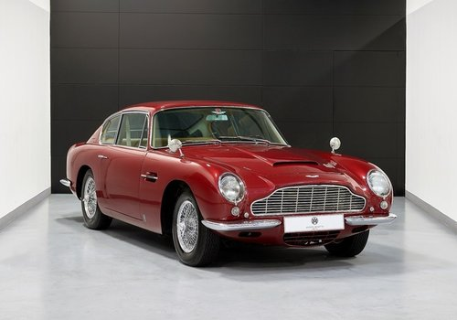 1968 Aston Martin DB6 Saloon For Sale (picture 1 of 6)