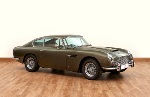 1968 Aston Martin DB6 Vantage Saloon For Sale (picture 1 of 6)