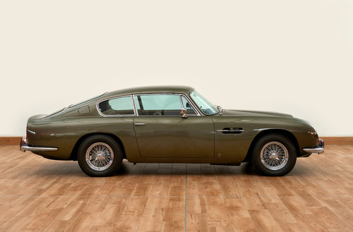 1968 Aston Martin DB6 Vantage Saloon For Sale (picture 3 of 6)
