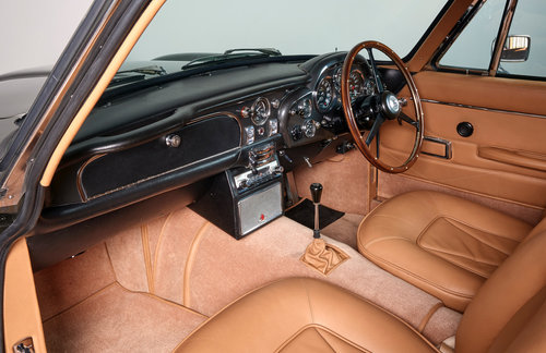 1968 Aston Martin DB6 Vantage Saloon For Sale (picture 5 of 6)