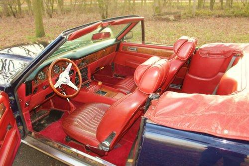 Aston Martin V8 Volante LHD 1983 For Sale (picture 4 of 6)
