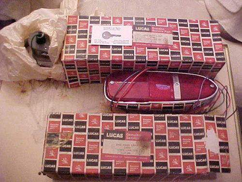 1967 Aston Martin Lucas rear Lamp NOS (2) For Sale (picture 2 of 2)