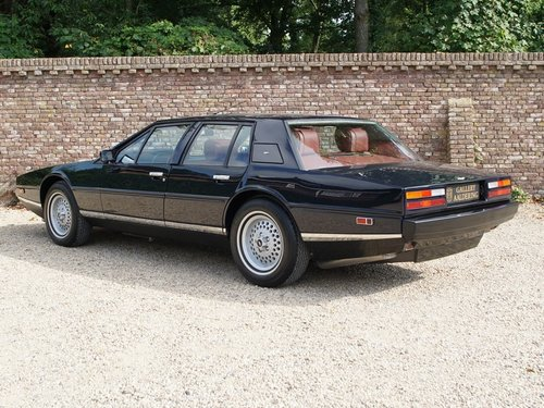 1985 Aston Martin Lagonda Tickford, Special order by Royal Sultan For Sale (picture 2 of 6)