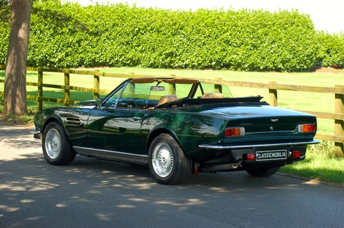 1982 Aston Martin V8 Volante Left Hand Drive Manual For Sale (picture 3 of 6)