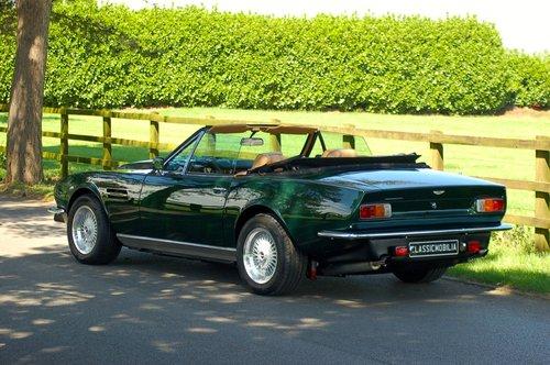 1982 Aston Martin V8 Volante Left Hand Drive Manual For Sale (picture 3 of 6)