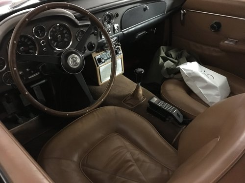 1966 Aston Martin DB6 Vantage Manual Left Hand Drive SOLD (picture 2 of 5)
