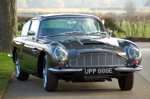 1968 Aston Martin DB6 Vantage Manual Concours winner For Sale (picture 1 of 6)