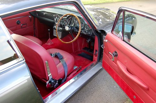 1968 Aston Martin DB6 Vantage Manual Concours winner For Sale (picture 4 of 6)
