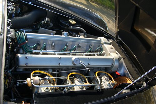 1968 Aston Martin DB6 Vantage Manual Concours winner For Sale (picture 6 of 6)