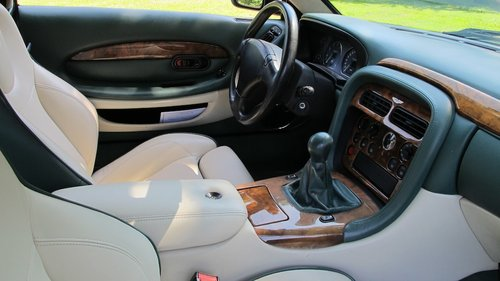 1999 Aston Martin DB7 Vantage Coupe Left Hand Drive Manual For Sale (picture 5 of 6)