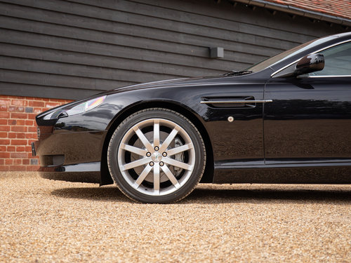 2005 Aston Martin DB9 For Sale (picture 5 of 6)