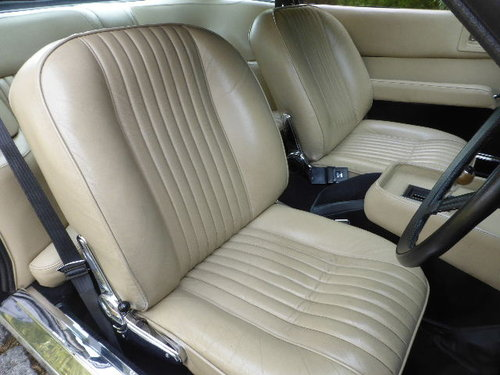 1973 Aston Martin V8 Series II For Sale (picture 4 of 6)