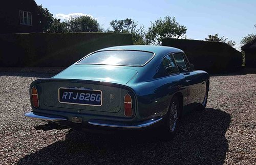 1969 Aston Martin DB6 For Sale (picture 4 of 6)