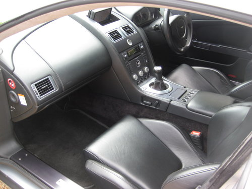 2006 Aston Martin V8 Vantage With Full Aston Main Agent History For Sale (picture 3 of 6)