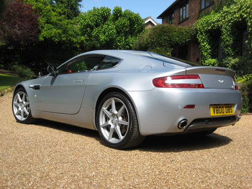 2006 Aston Martin V8 Vantage With Full Aston Main Agent History For Sale (picture 5 of 6)