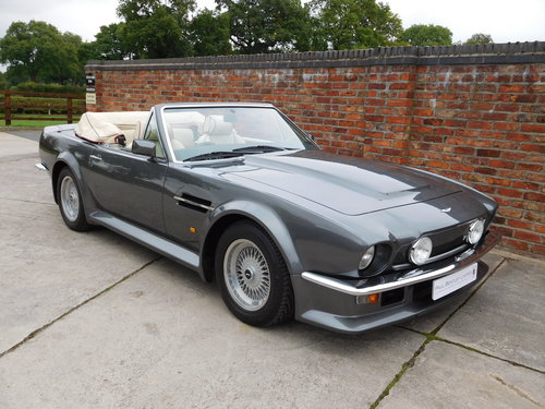 1988 Aston Martin V8 Vantage Volante 'X Pack' SOLD (picture 4 of 6)