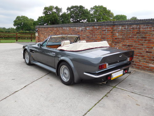 1988 Aston Martin V8 Vantage Volante 'X Pack' SOLD (picture 5 of 6)