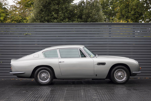 1969 Aston Martin DB6 Series 1 Vantage SOLD (picture 3 of 6)