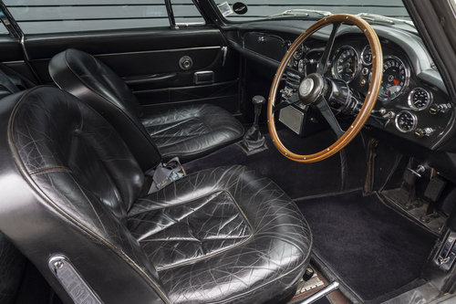 1969 Aston Martin DB6 Series 1 Vantage SOLD (picture 5 of 6)