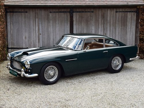 1961 Aston Martin DB4 Series III (LHD) For Sale (picture 1 of 6)