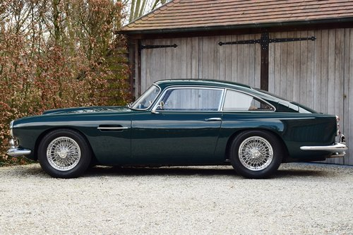 1961 Aston Martin DB4 Series III (LHD) For Sale (picture 2 of 6)