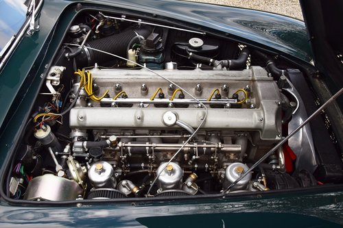 1961 Aston Martin DB4 Series III (LHD) For Sale (picture 6 of 6)