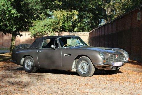 Aston Martin DB6 Vantage Volante RHD - 1969 For Sale (picture 3 of 6)